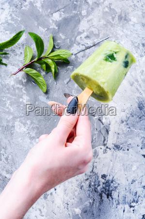 ice cream with mint