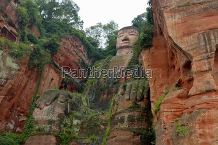 historical religion buddha faiths physiques deserted