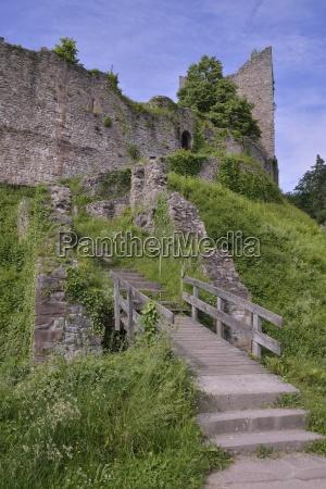 ruin of the schauenburg built in