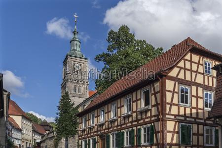 historisches fachwerkhaus hinten turm der marienkirche