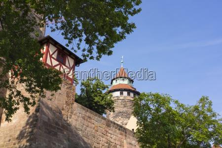 kaiserburg mit sinwellturm nuernberg mittelfranken franken