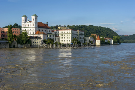 jesuit church st michael schaiblingsturm flooded