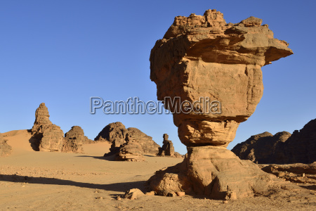 rock monument la theiere the teapot