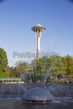 international fountain and space needle at