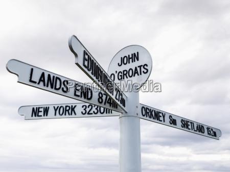 zeichen, für, reiseziele, und, entfernungen, von - 25403350