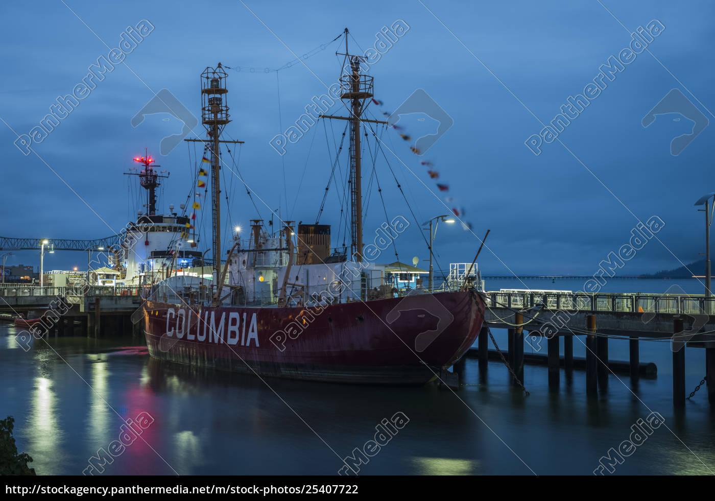 columbia, lightship, dockte, an, der, uferfront - 25407722