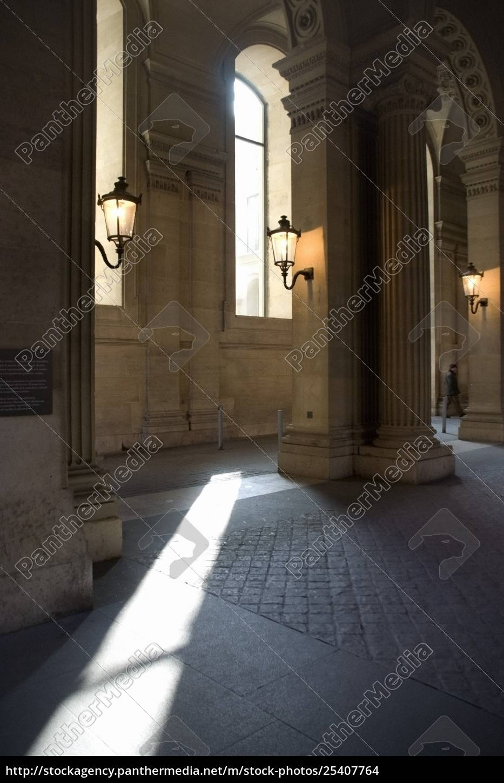 der, louvre, paris, frankreich;, interieur, des, pariser, kunstmuseums - 25407764