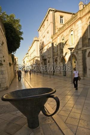 strasse neben dioceltians palace split kroatien
