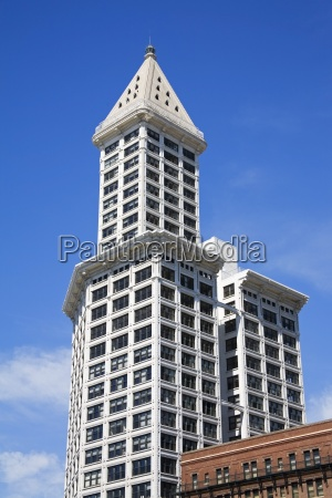 smith tower in pioneer square seattle