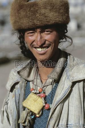 portrait of a man namche bazaar