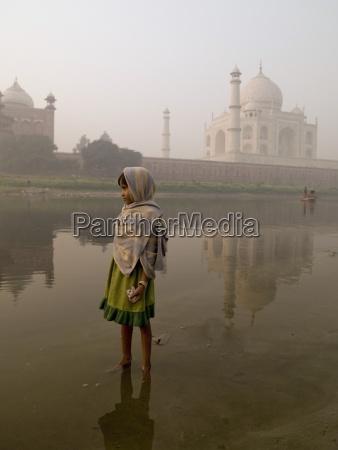 taj mahal agra indiaportrait of young