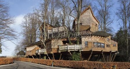 alnwick northumberland england a stilt house