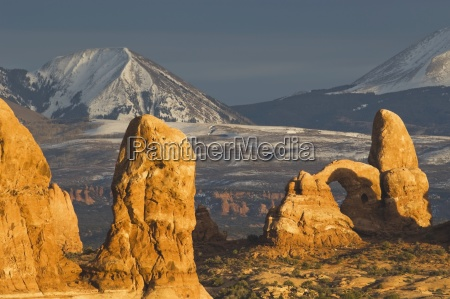 turret arch and sandstone formations at