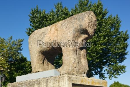 stone bull by the roman bridge