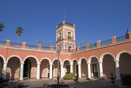courtyard of the palacio san jose