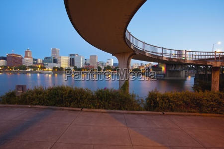 willamette river and portland waterfront in