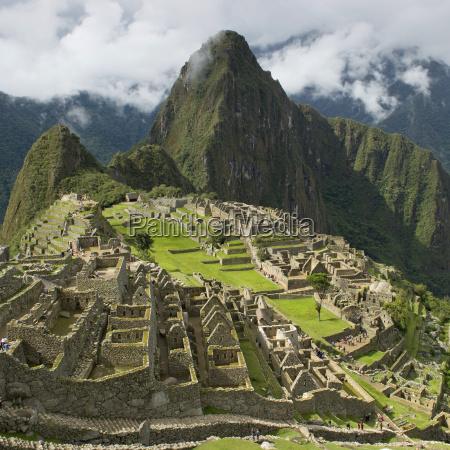 the historic inca site machu picchu