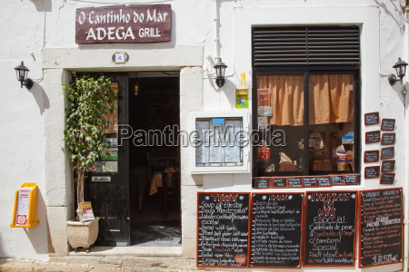 signs, with, the, menu, listed, outside - 25438504