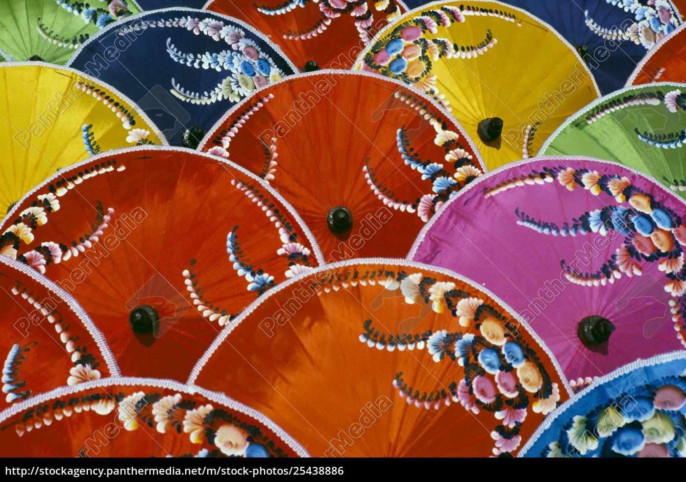 thailand, seidenschirm, fabrik, nahaufnahme, von, vielen, bunten, regenschirmen - 25438886
