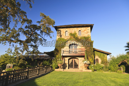 sattui winery in saint helena in