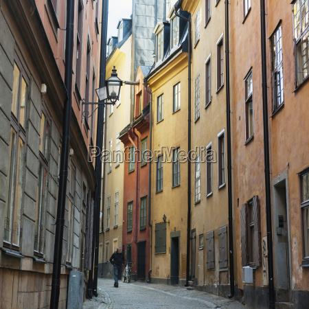 buildings along a narrow street in