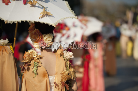 women dressed for the chiang mai