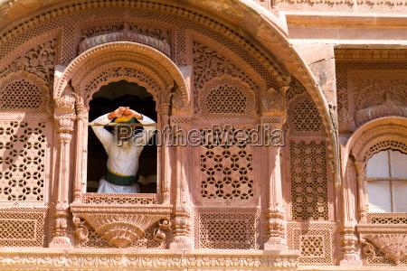 india rajasthan jodhpur fort mehrangarh man
