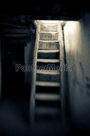 treppe treppen objekt gegenstand dunkelheit sw