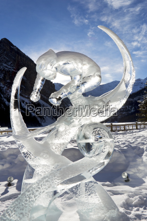 ice sculpture of down hill skiier