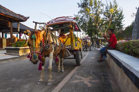 cidomo a horse drawn carriage gili