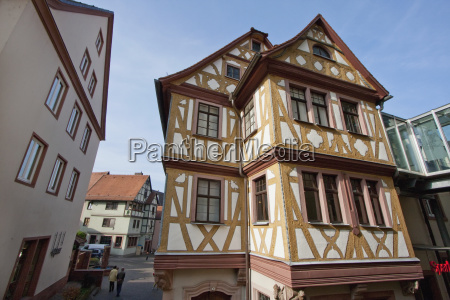 house of the four crowned wertheim