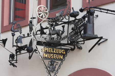 sign of the spielzeug museum toy