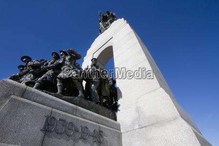 the response national war memorial in
