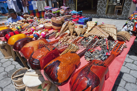 charangos for sale at the saturday