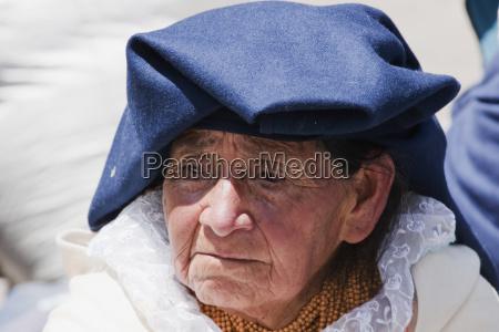 otavaleno woman otavalo imbabura ecuador