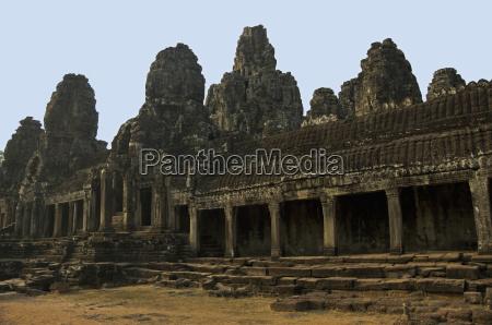 bayon temple angkor thom inside complex