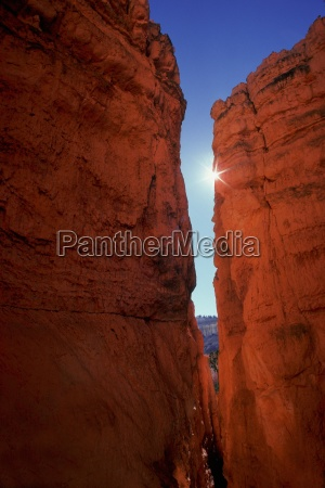 narrow gap between two outcrops of