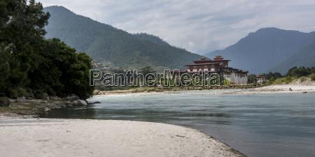 punakha dzong punakha bhutan
