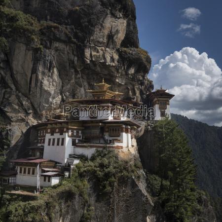taktsang palphug monastery tigers nest paro