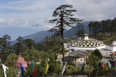druk wangyal khang zhang chortens bhutan