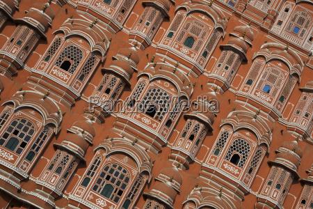 palace of winds facade jaipur rajasthan