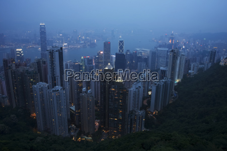 victoria harbour at dusk from the