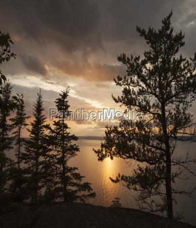 sunset over lake superior thunder bay