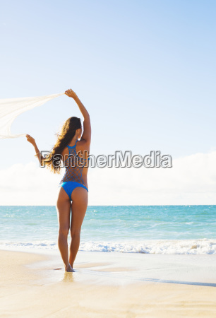 summer lifestyle beautiful young woman on