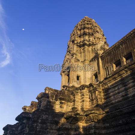 buddhist temple angkor wat krong siem