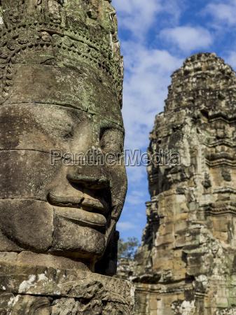 buddhist statue at bayon temple angkor