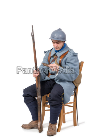 french soldier 1914 1918 sitting on