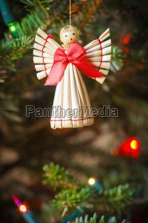 skandinavische nalierung engel weihnachtsschmuck haengen auf