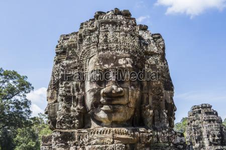 face tower of the bayon angkor