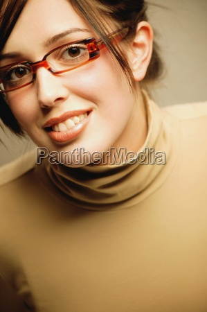 woman with trendy glasses